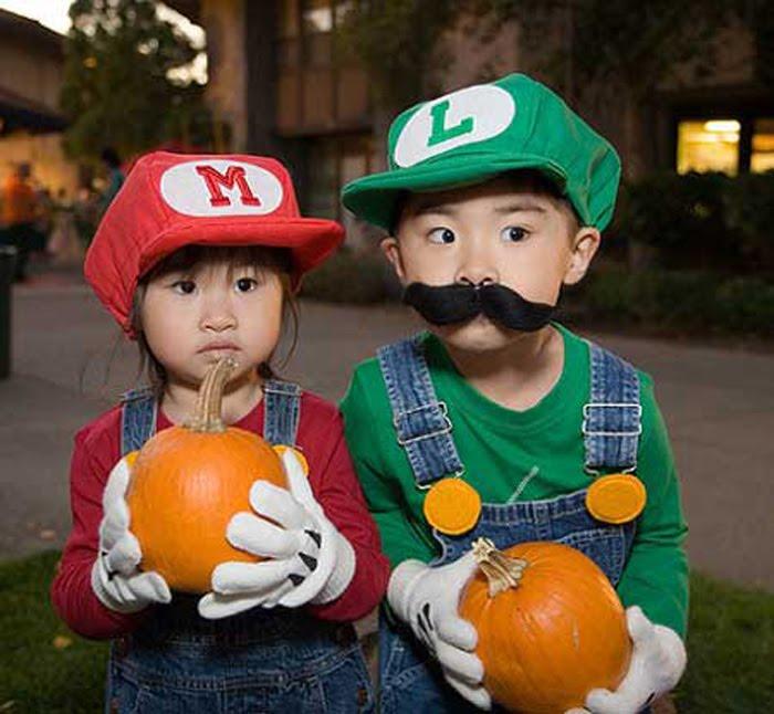 mario-cosplay-kids